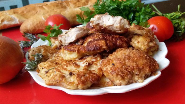 Сочное куриное мясо в луковом кляре