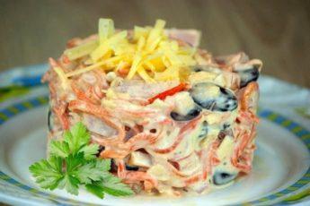 Вкуснейший салат «Мясная феерия» — ГОТОВЬТЕ ПОБОЛЬШЕ!