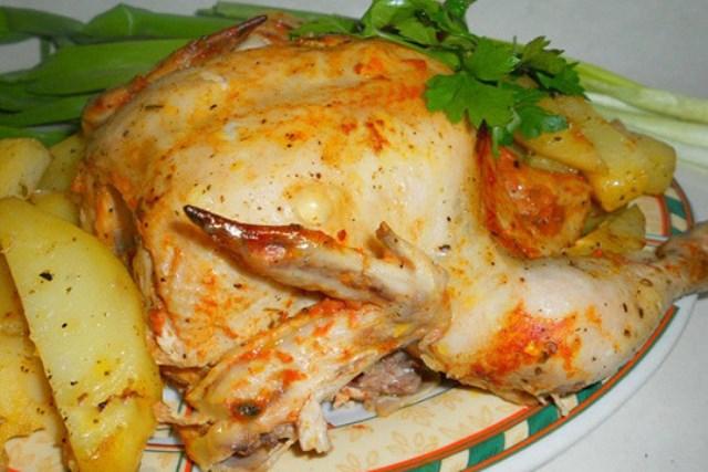 Цыпленок в сметанно-томатном соусе Если вам нужно быстро приготовить ужин, этот рецепт — находка!